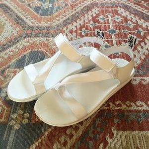 New Dr. Martens Womens Balfour Sandals Sz. 11